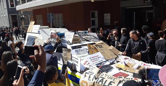 La FLM comparte una profunda preocupación por la escalada de violencia en Sudáfrica
